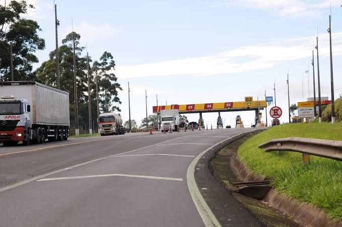 Transportadoras pedem de volta dinheiro do pedágio desviado em corrupção