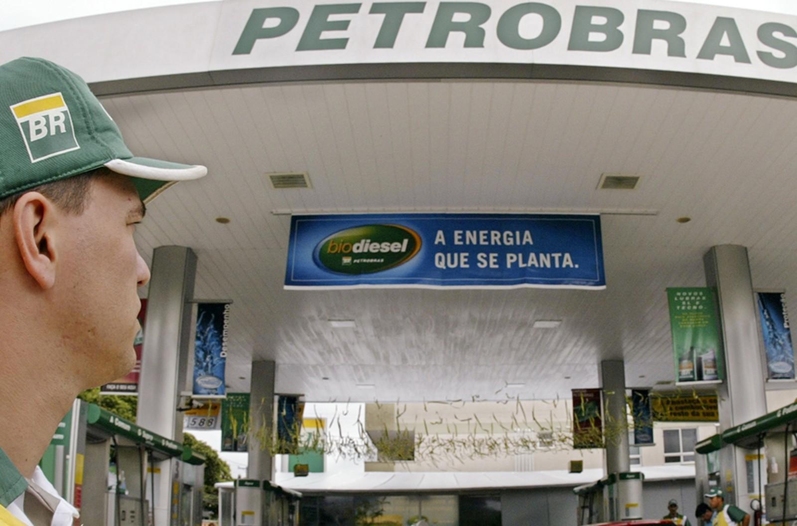 Petrobras aumenta preço de gasolina e mantém inalterado preço de diesel